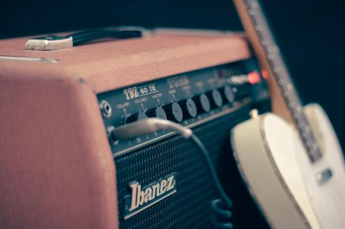 amplifier-768536_1920