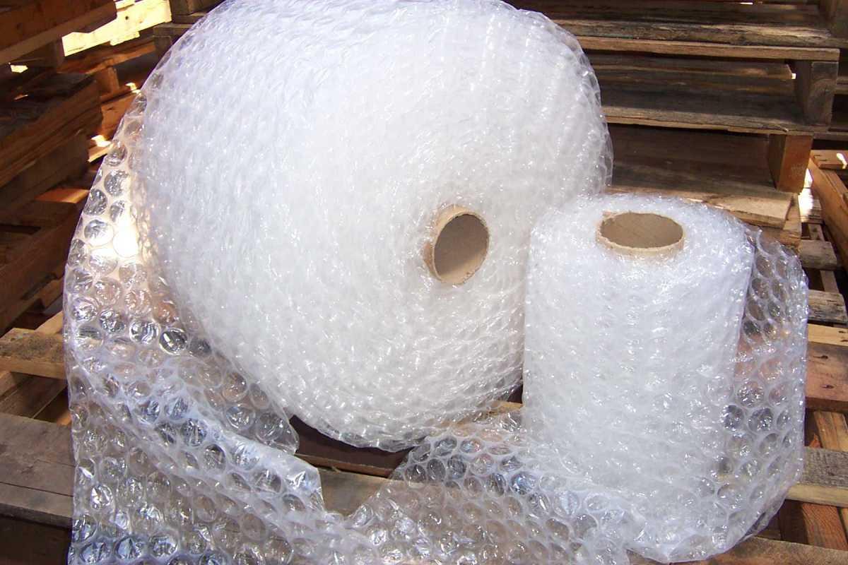 Bubble-wrap: Poppin' advantages.