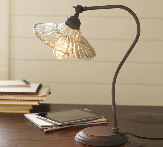 office-organizing-lamp